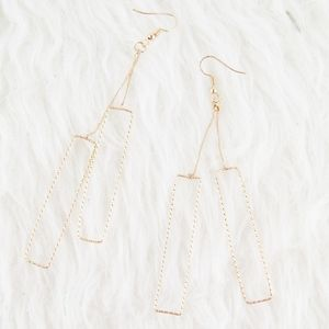 ⭕ [MUST BUNDLE] Gold Rectangle Earrings